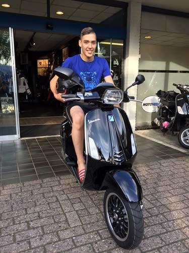 De scooter van Pa & Ma gekregen de accessoires zelf bij elkaar gespaard!