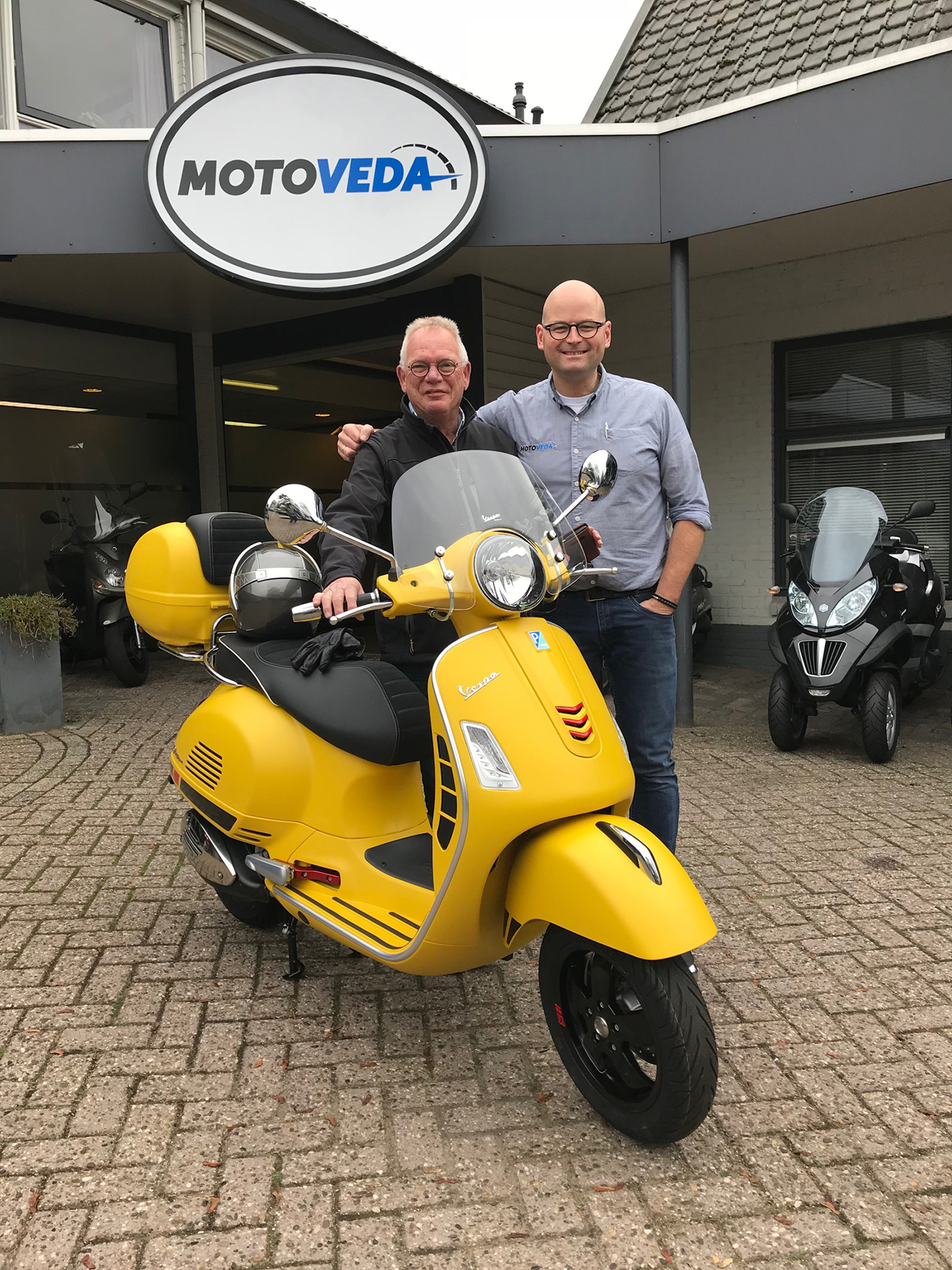 Henk & Henk  GTS 300 Supersport giallo