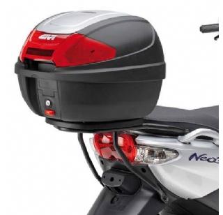 Givi achterdrager Yamaha Neos SR366
